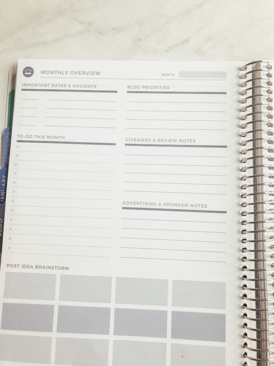 blog planning section in the Plum Paper planner